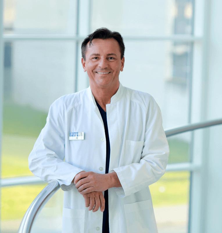 Dr. Josef Speicher